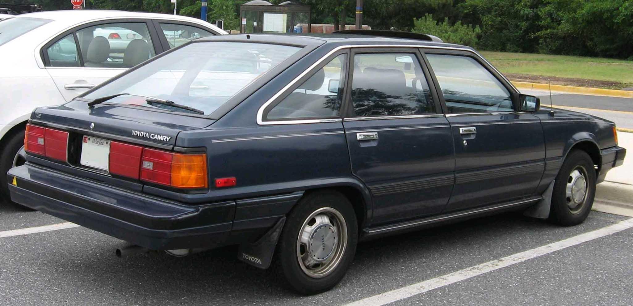 Toyota Vista I (V10) 1982 - 1986 Hatchback 5 door #6