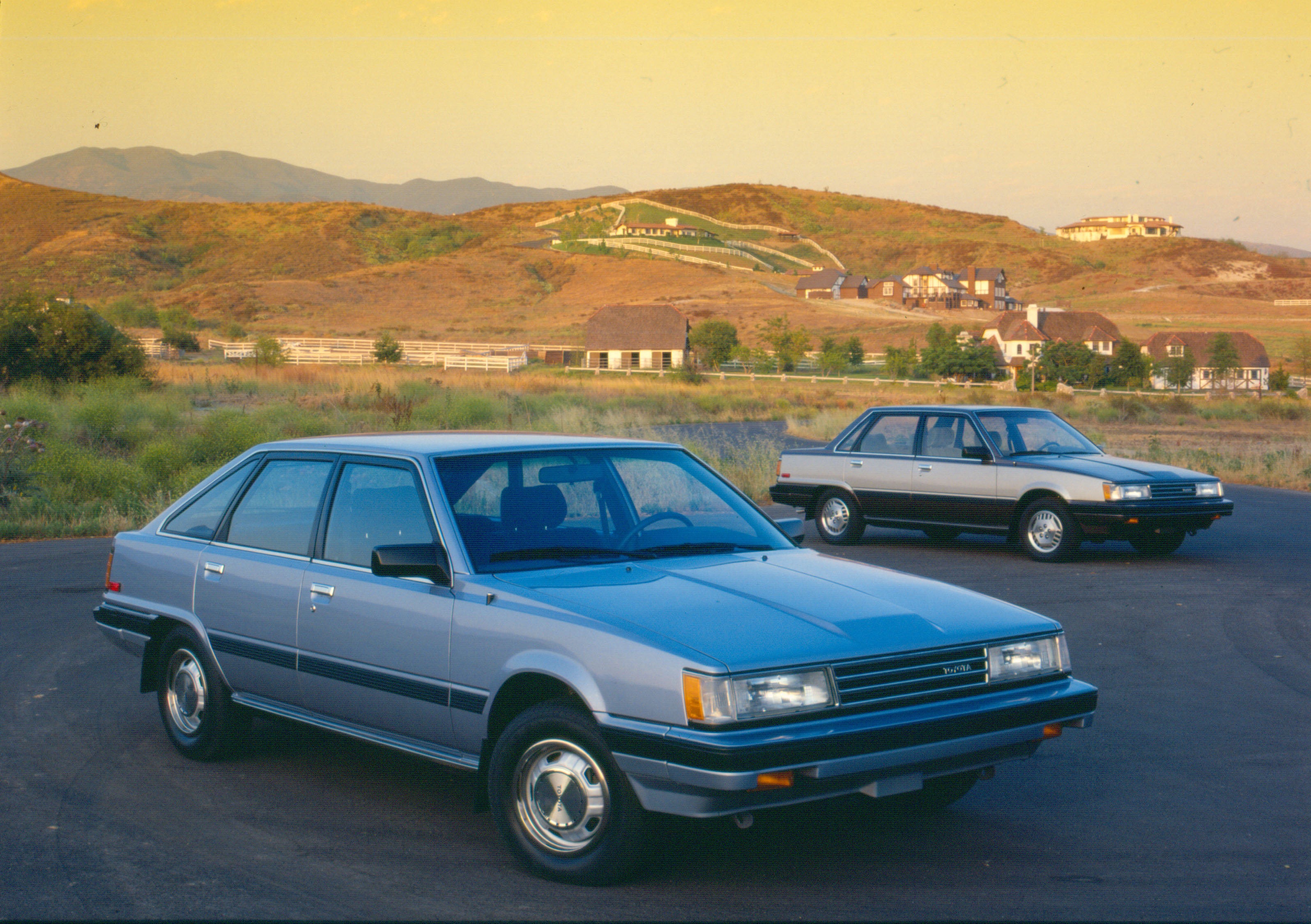 Toyota Camry I (V10) 1983 - 1986 Liftback #1
