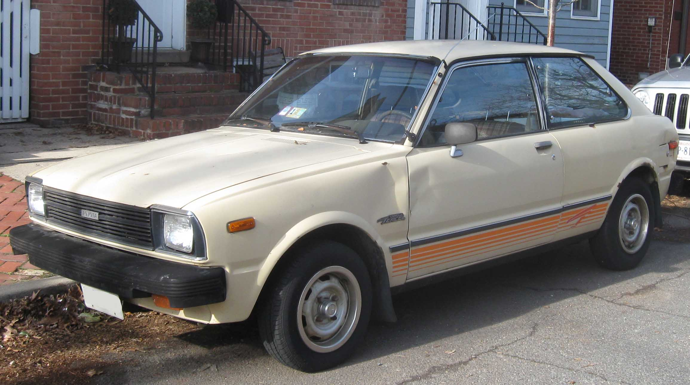 Toyota Corolla II III (L30) 1986 - 1990 Hatchback 5 door #6