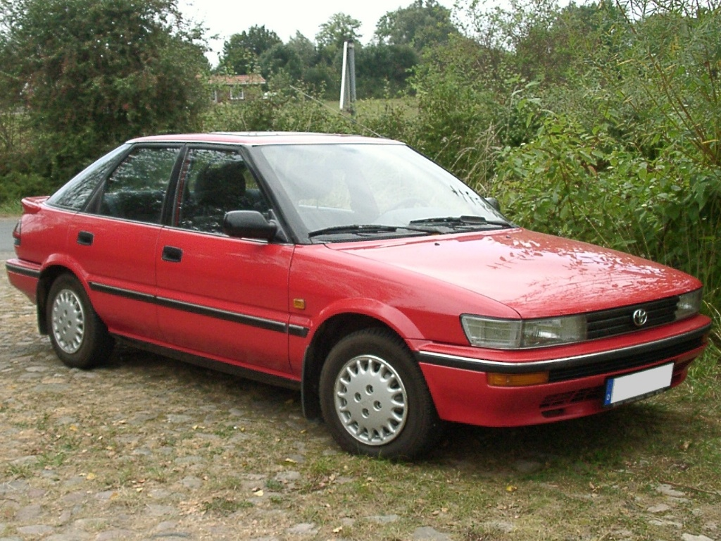 Toyota Corolla VII (E100) 1991 - 2002 Liftback #2