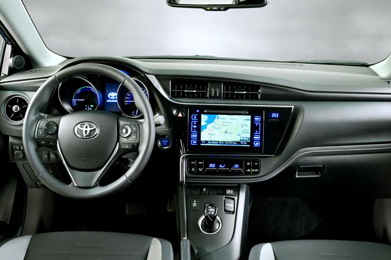 Toyota Corolla XI (E160, E170) Restyling 2015 - now Sedan #4