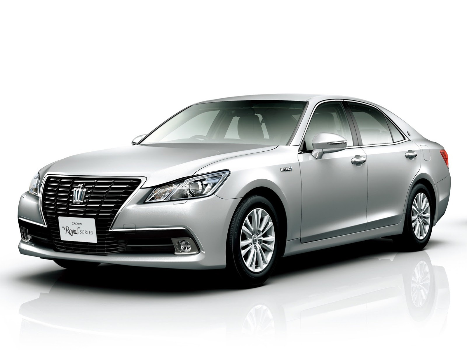 Toyota Crown Majesta VI (S210) 2013 - now Sedan #1