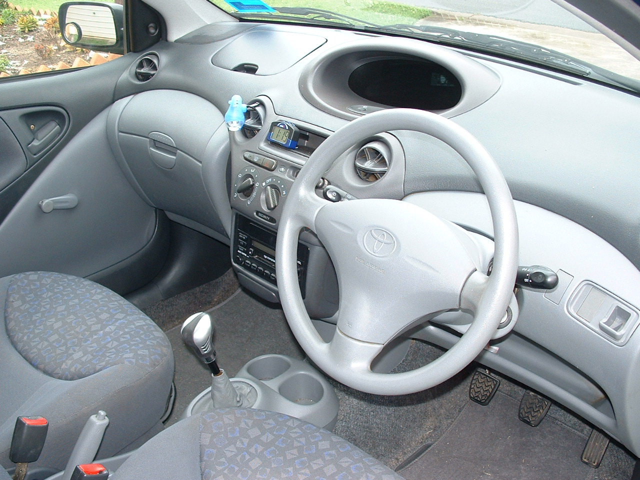 Toyota Echo 1999 - 2005 Coupe #7