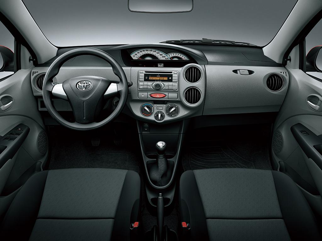 Toyota Etios I 2010 - 2016 Hatchback 5 door #5