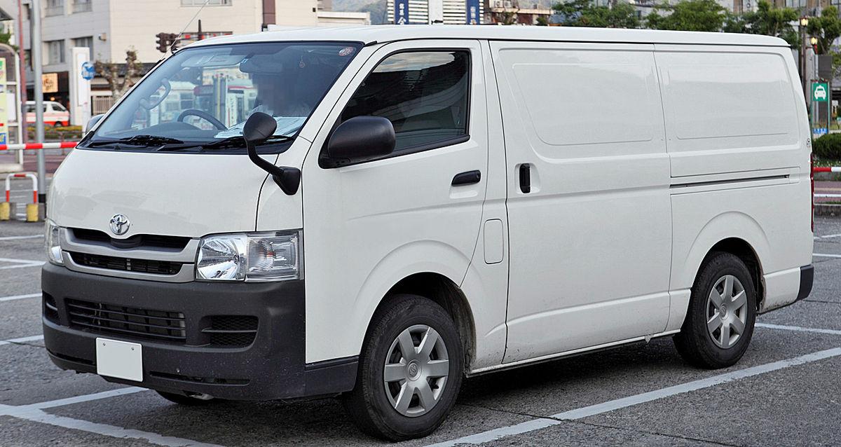 Toyota RegiusAce 1998 - 2005 Minivan #8