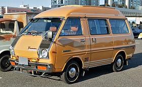 Toyota Model F 1982 - 1992 Minivan #3