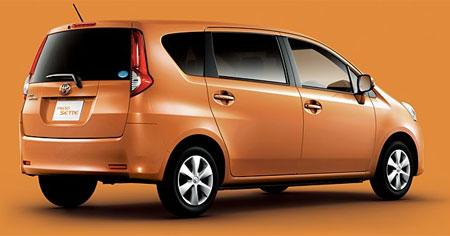 Toyota Passo Sette 2008 - 2012 Compact MPV #5