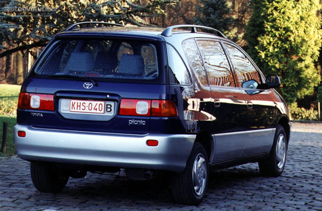 Toyota Picnic I 1996 - 2001 Compact MPV #3