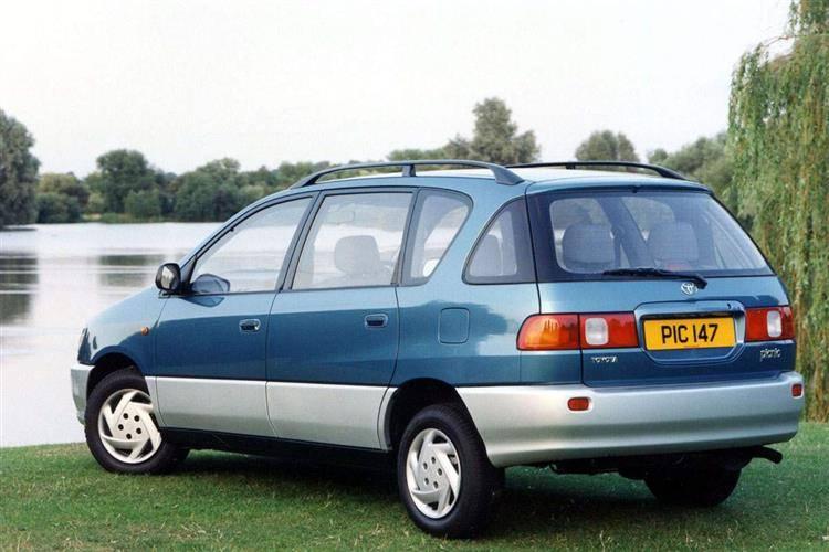 Toyota Picnic I 1996 - 2001 Compact MPV #8