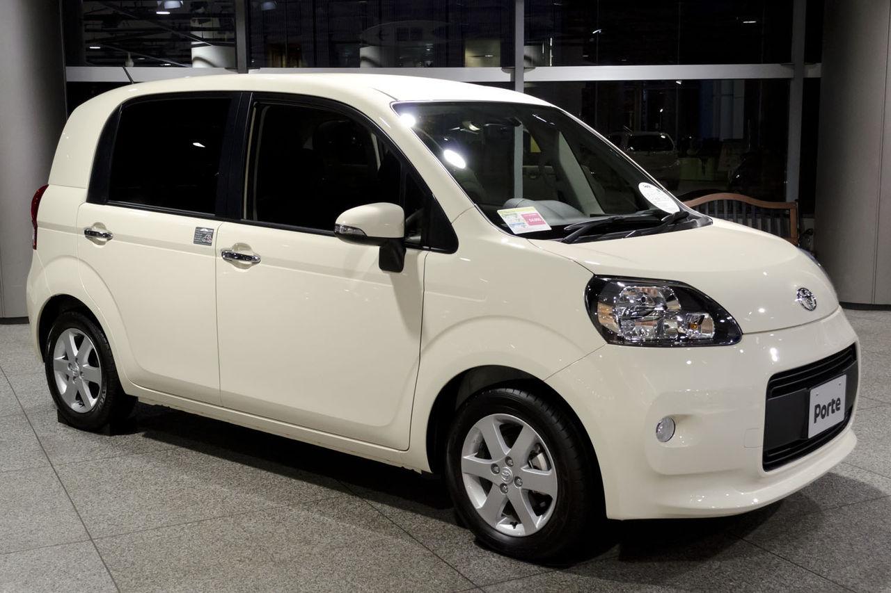 Toyota Porte I 2004 - 2012 Compact MPV #6