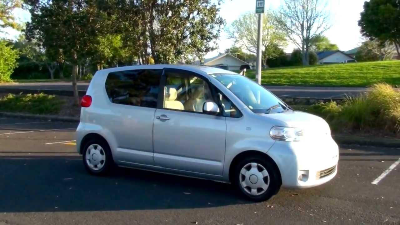 Toyota Porte I 2004 - 2012 Compact MPV #5