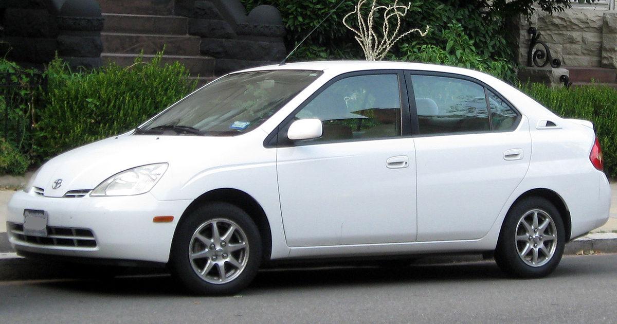 Toyota Prius I Restyling (XW10) 2000 - 2003 Sedan #8