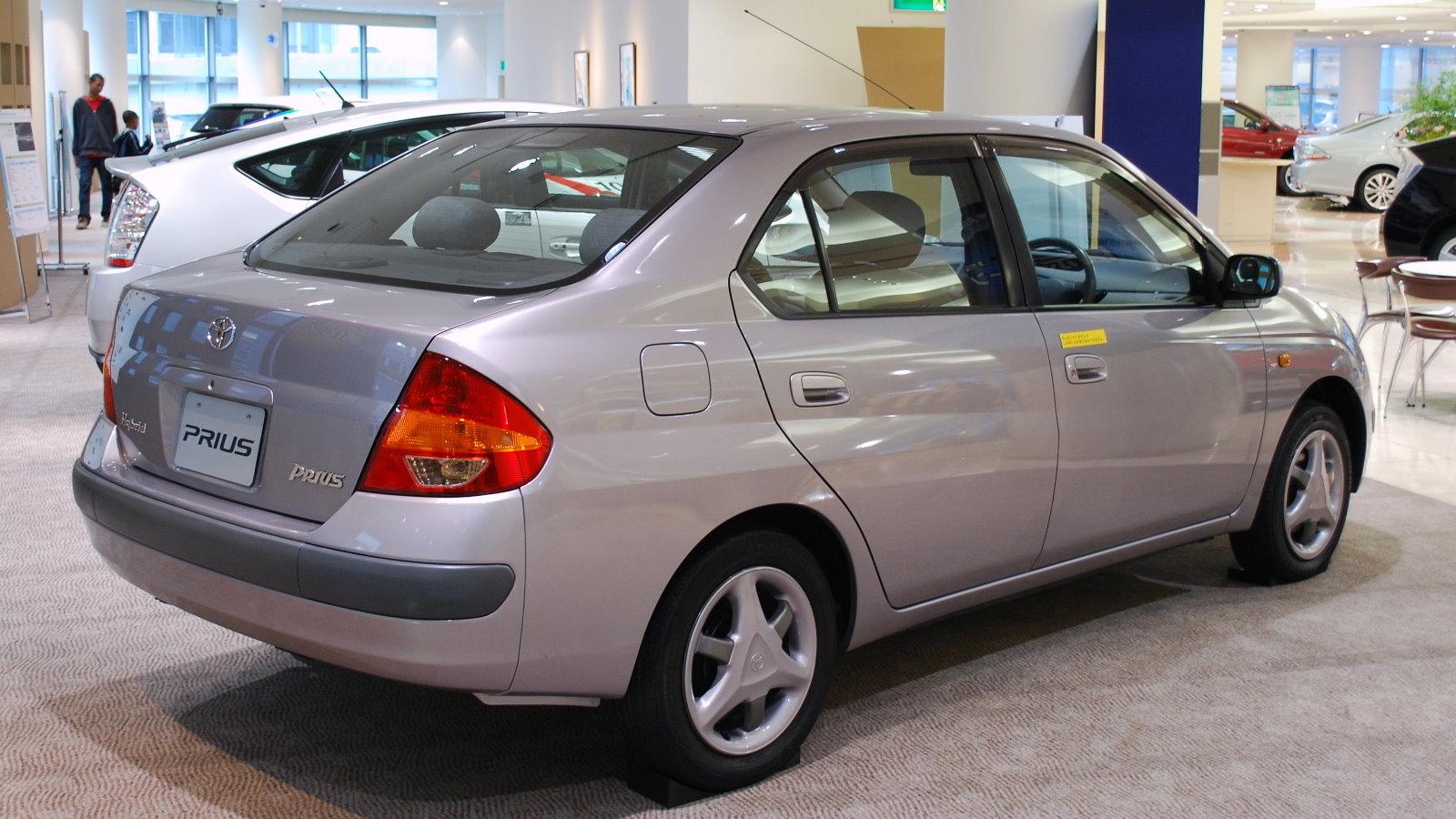 Toyota Prius I Restyling (XW10) 2000 - 2003 Sedan #6