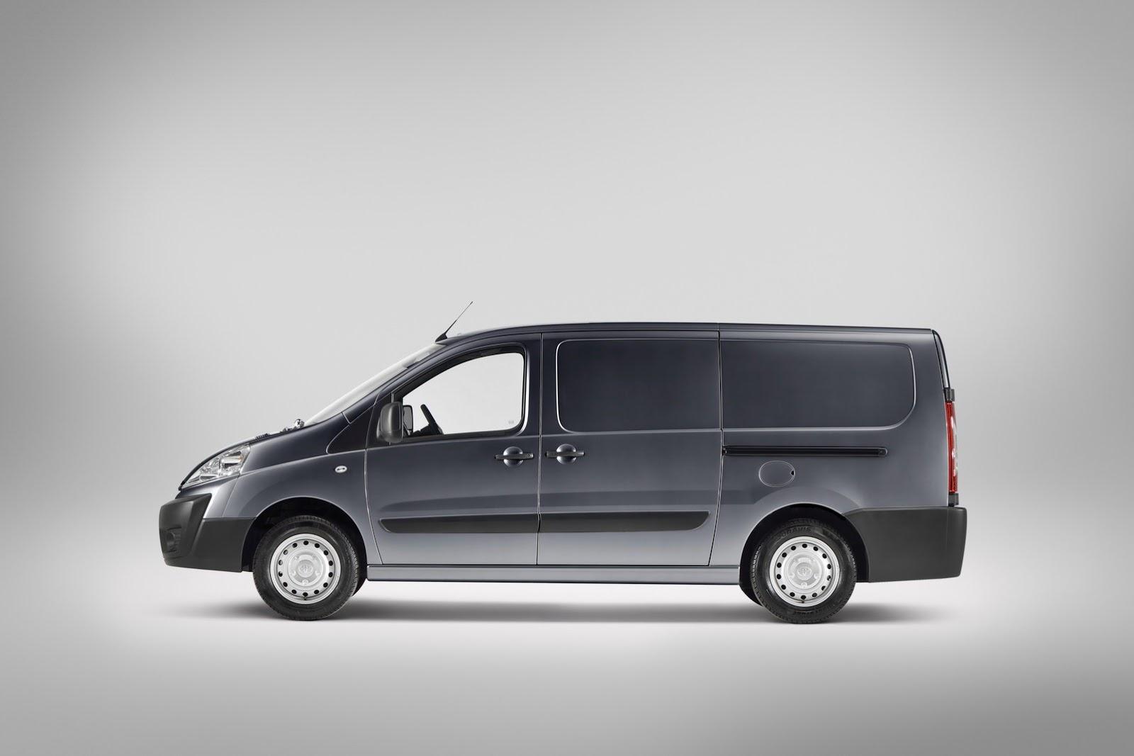 Toyota ProAce 2013 - now Minivan #7