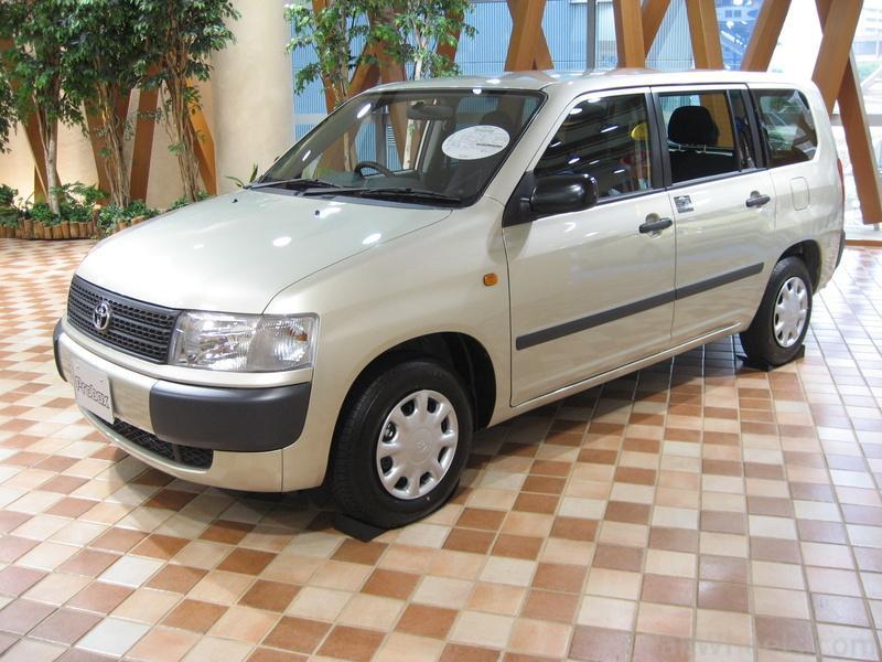 Toyota Succeed I 2002 - 2014 Station wagon 5 door #2