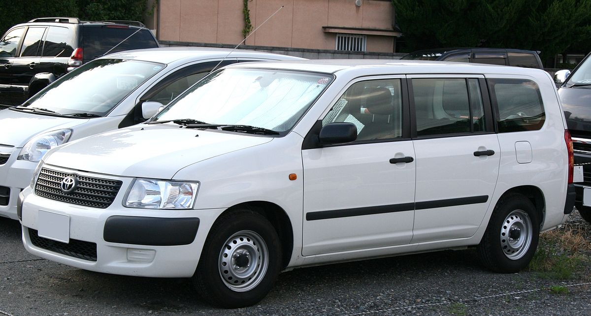 Toyota Succeed I 2002 - 2014 Station wagon 5 door #8