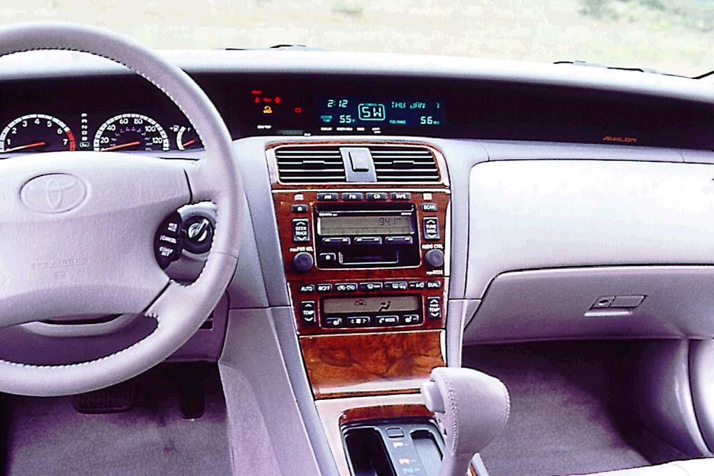 Toyota Pronard 2000 - 2004 Sedan #6