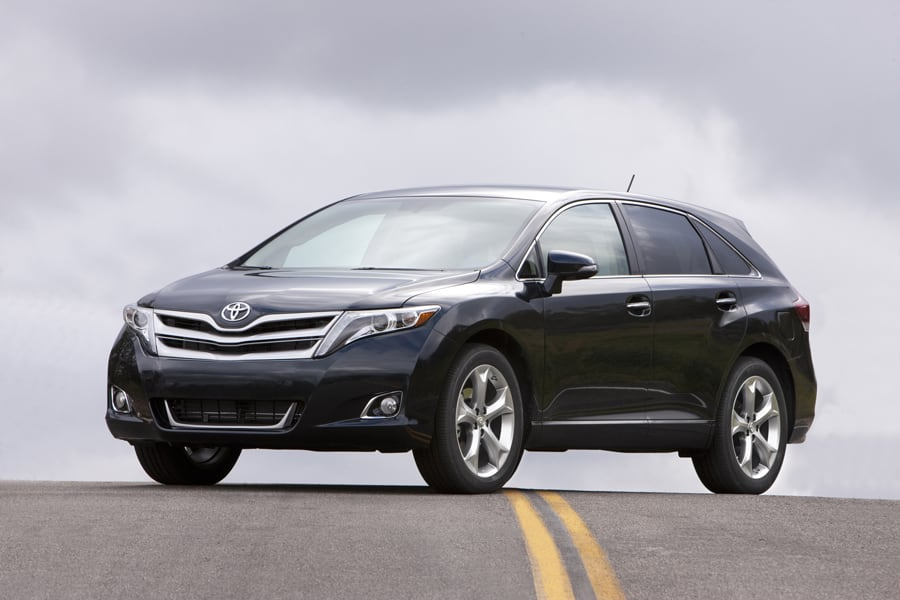 Toyota Venza I Restyling 2012 - now SUV 5 door #8