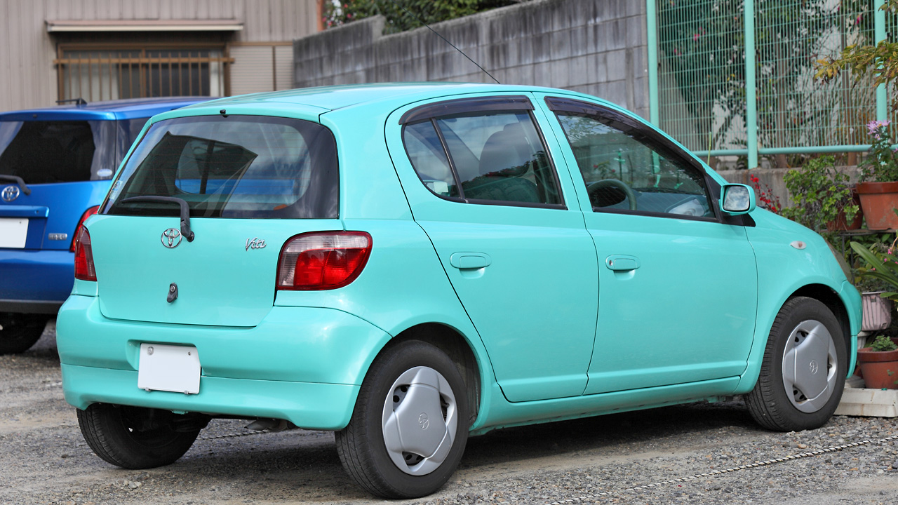 Toyota Vitz I (P10) 1999 - 2005 Hatchback 3 door #1