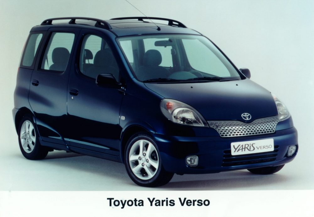 Toyota Yaris Verso 1999 - 2006 Compact MPV #7