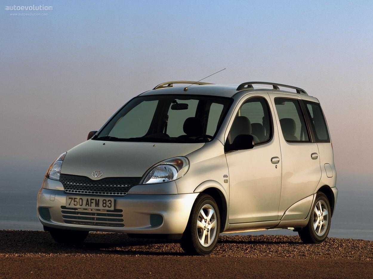 Toyota Yaris Verso 1999 - 2006 Compact MPV #1