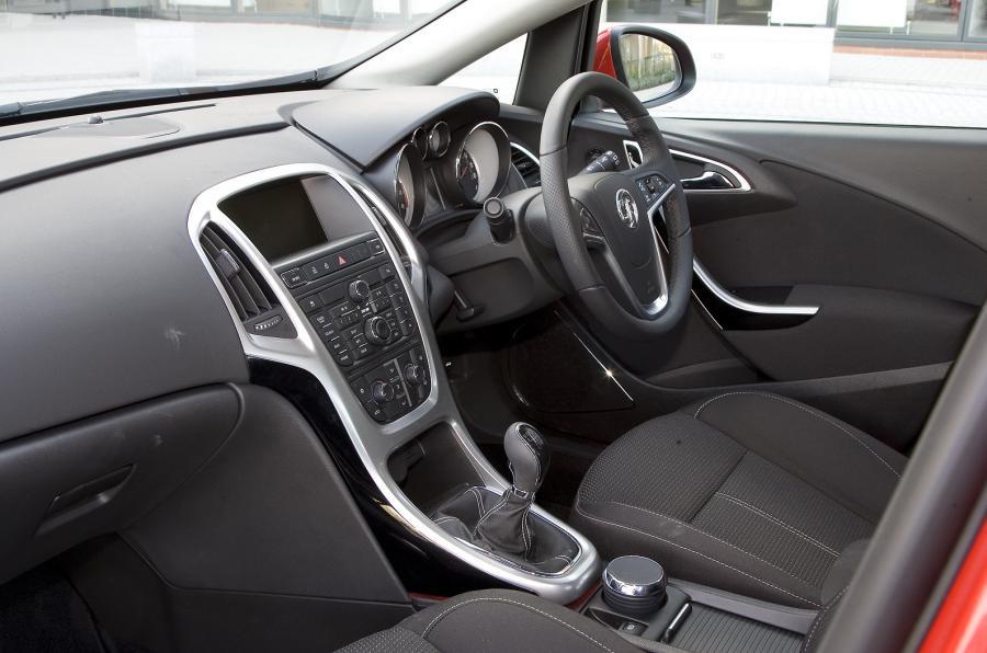Vauxhall Astra J 2009 - now Hatchback 5 door #7