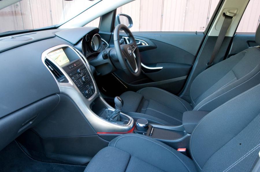 Vauxhall Astra J 2009 - now Hatchback 5 door #8