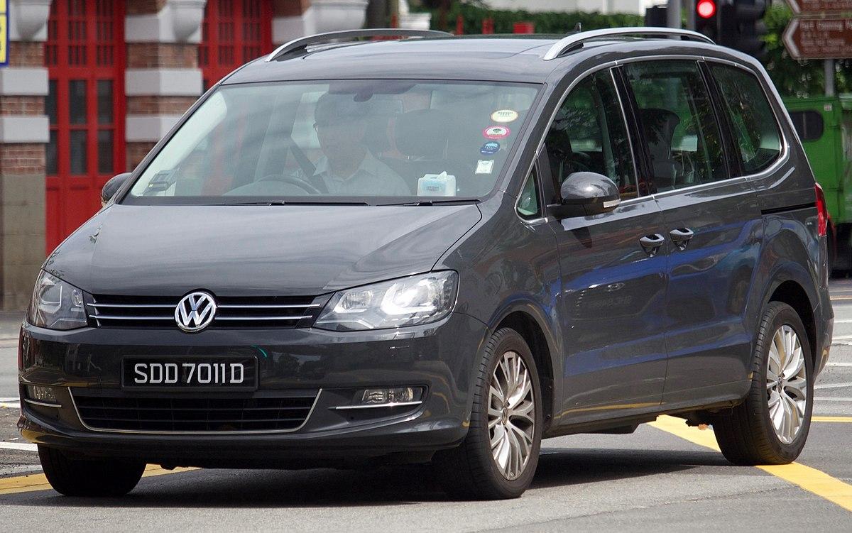 Volkswagen Sharan II Restyling 2015 - now Minivan #7