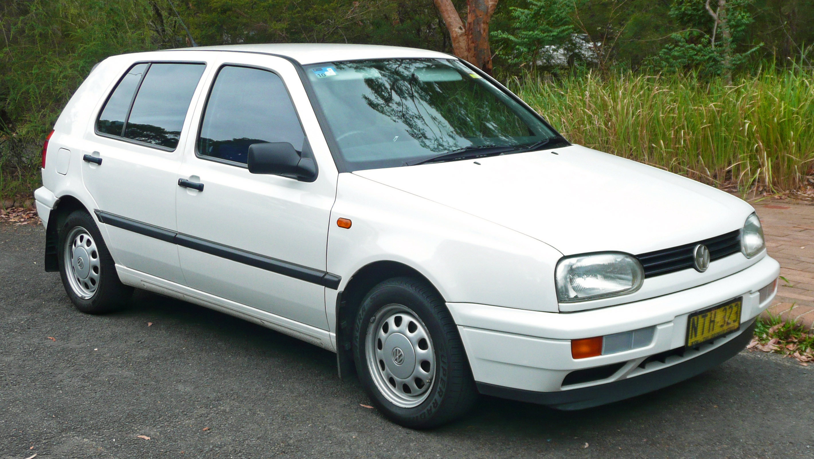 Volkswagen Gol I 1980 - 1994 Hatchback 3 door #4