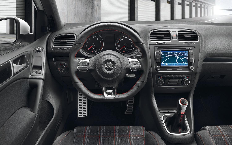 Volkswagen Golf R VI 2009 - 2012 Cabriolet #5