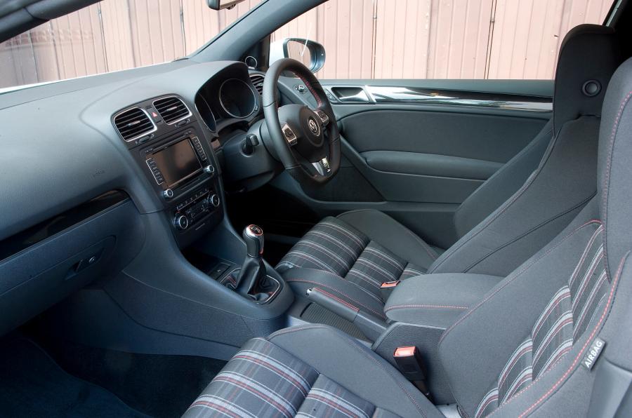 Volkswagen Golf R VI 2009 - 2012 Cabriolet #7