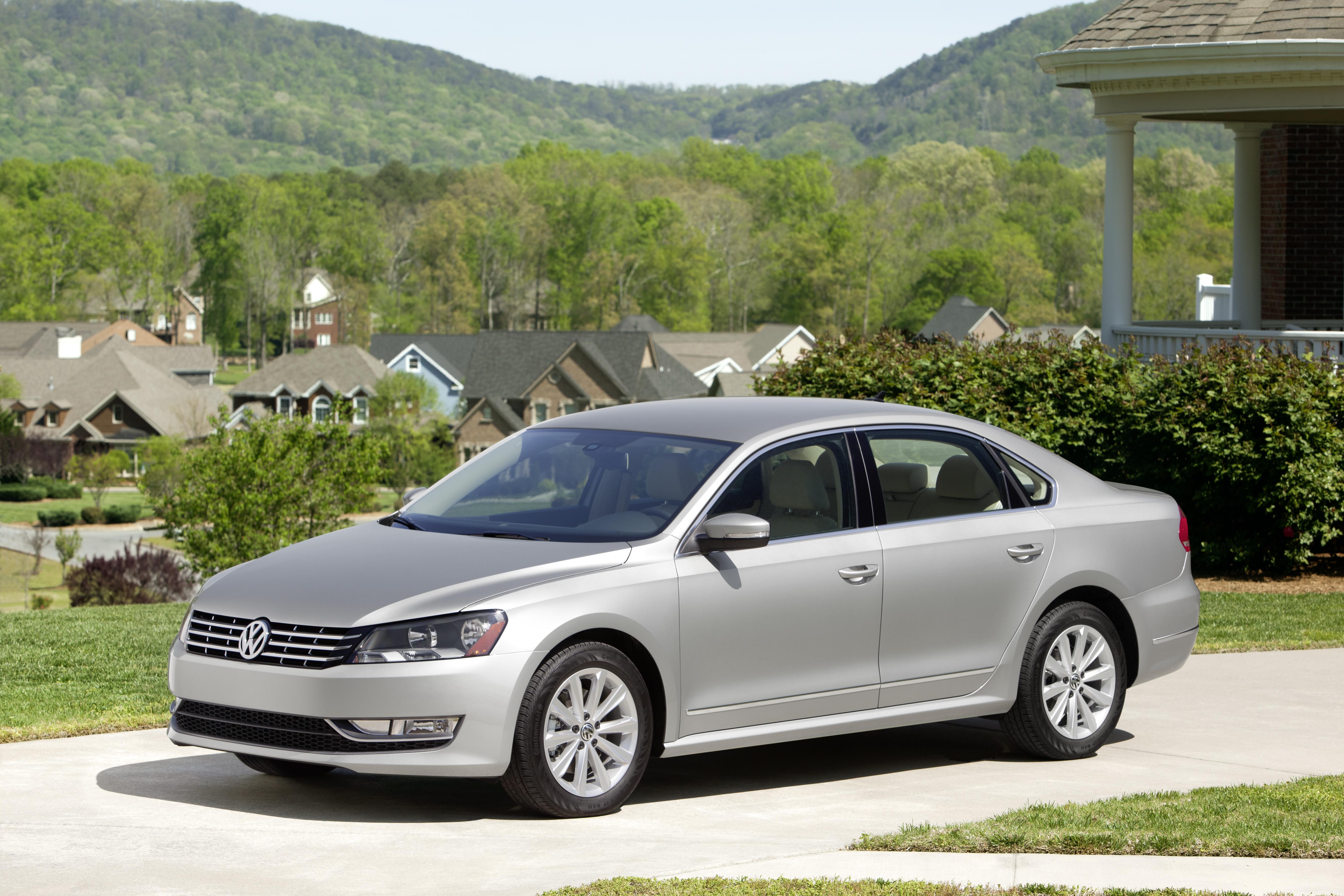Volkswagen Passat (North America) 2011 - now Sedan #1