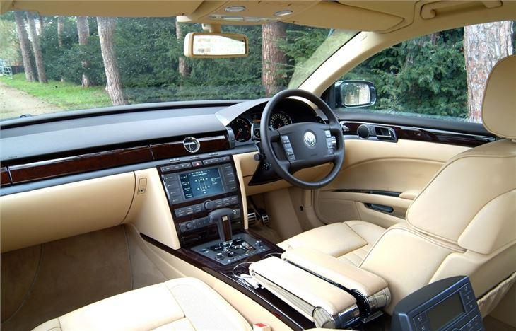 Volkswagen Phaeton I 2002 - 2010 Sedan #5