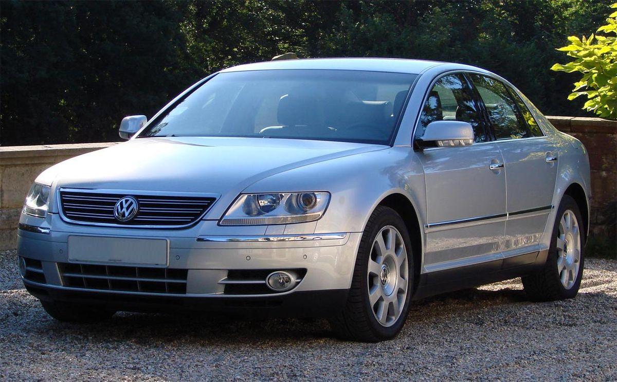 Volkswagen Phaeton I 2002 - 2010 Sedan #8