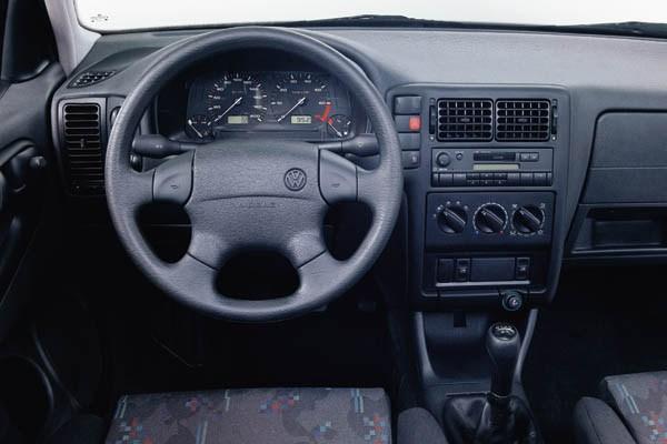 Volkswagen Polo III 1994 - 2001 Sedan #4