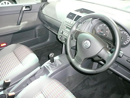 Volkswagen Polo IV 2001 - 2005 Sedan #8