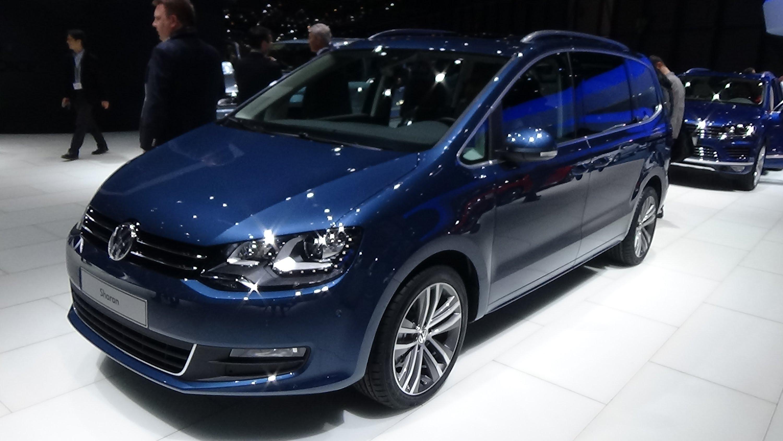 Volkswagen Sharan II Restyling 2015 - now Minivan #5