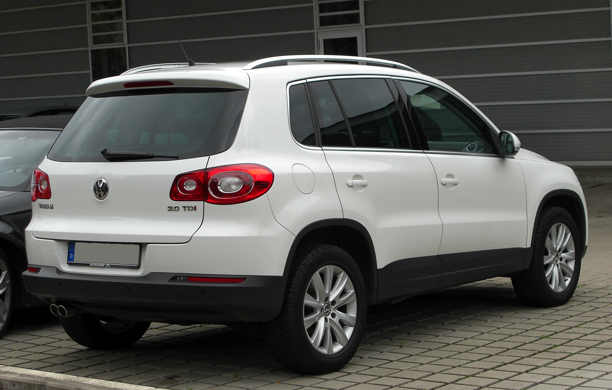 Volkswagen Tiguan I 2007 - 2011 SUV 5 door #4