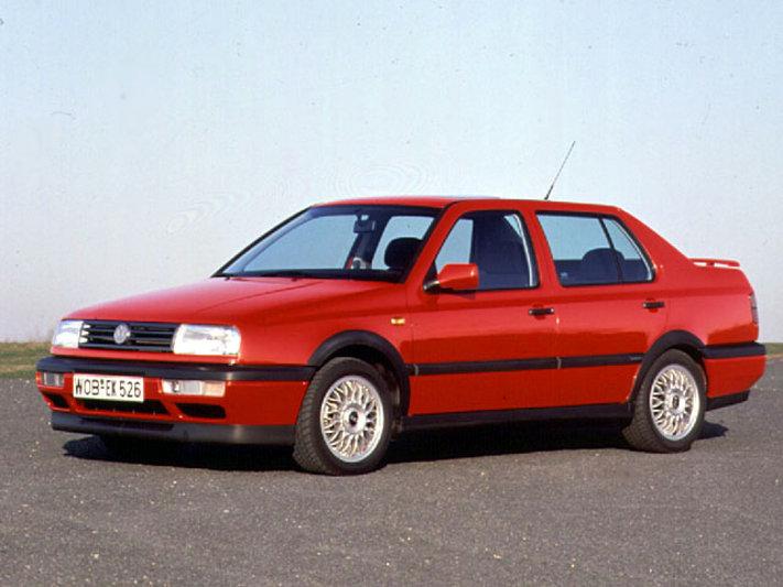 Volkswagen Vento 1992 - 1998 Sedan #4