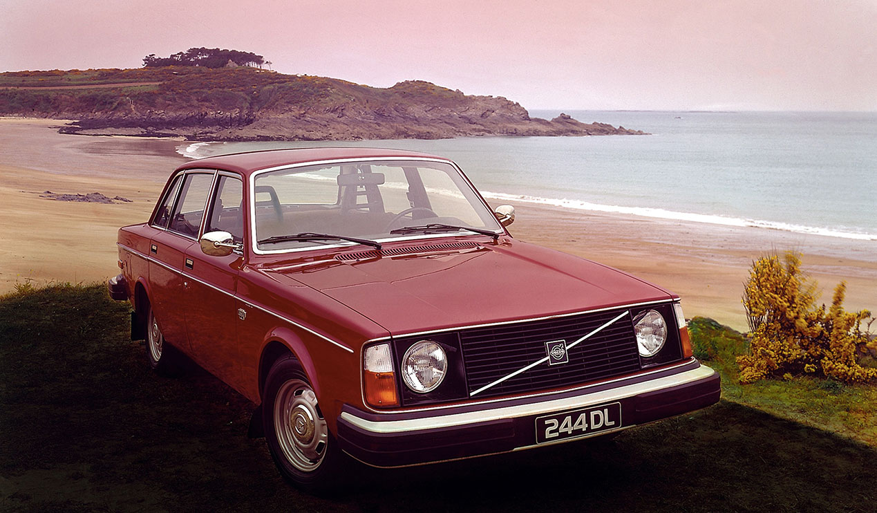 Volvo 240 Series 1974 - 1993 Sedan 2 door #2