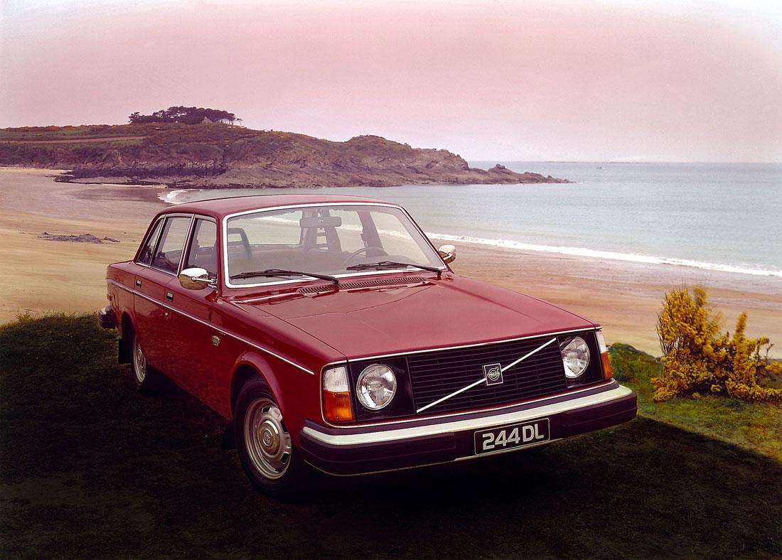 Volvo 240 Series 1974 - 1993 Sedan #5