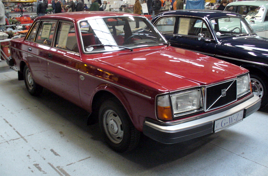Volvo 240 Series 1974 - 1993 Station wagon 5 door #6