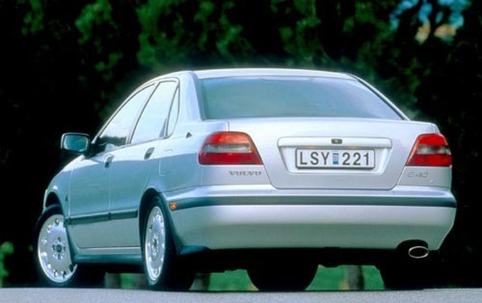 Volvo S40 I 1995 - 2000 Sedan #1