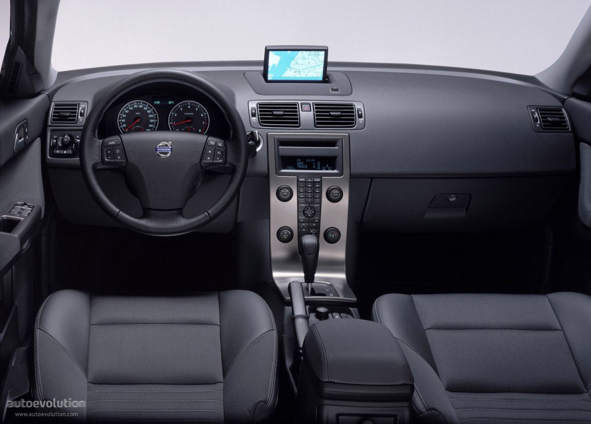 Volvo S40 II 2004 - 2007 Sedan #6