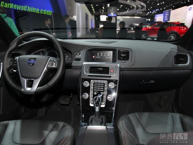 Volvo S60 Cross Country 2015 - now Sedan #2
