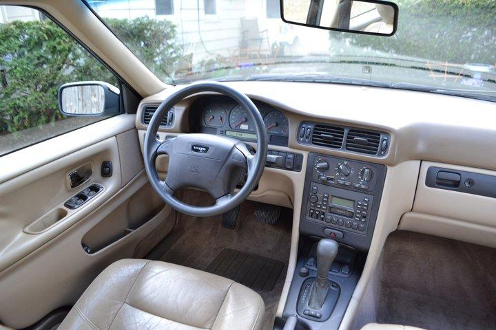 Volvo S70 1997 - 2000 Sedan #8
