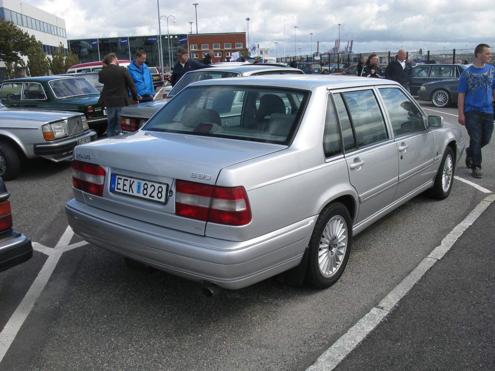 Volvo S90 I 1996 - 1998 Sedan #1
