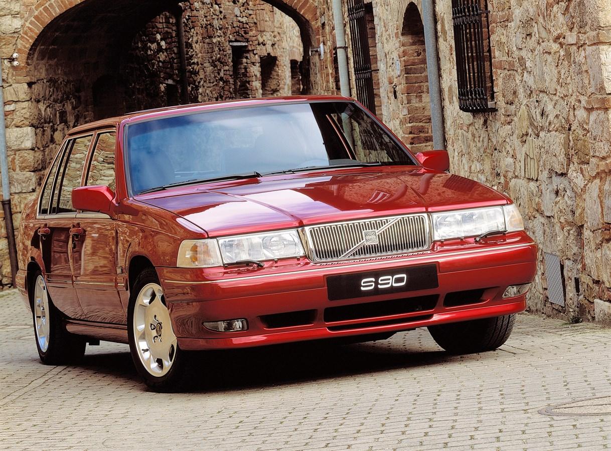Volvo S90 I 1996 - 1998 Sedan #2