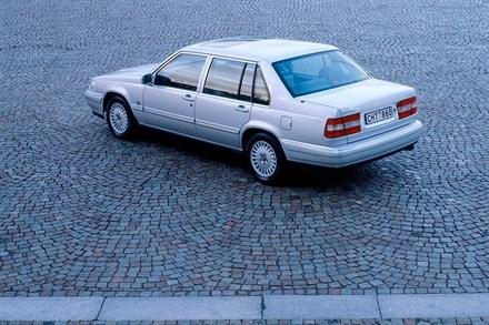 Volvo S90 I 1996 - 1998 Sedan #3