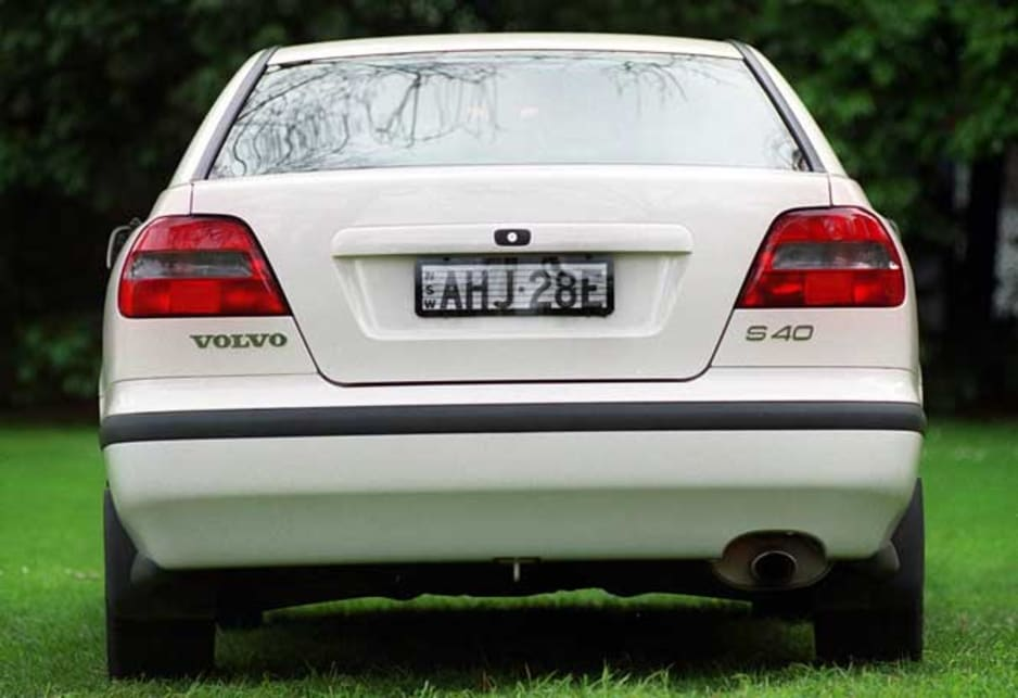 Volvo V40 I 1995 - 1999 Station wagon 5 door #2